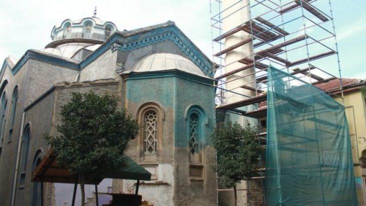 Balıkpazarı Cami Minaresi Yıkılıyor