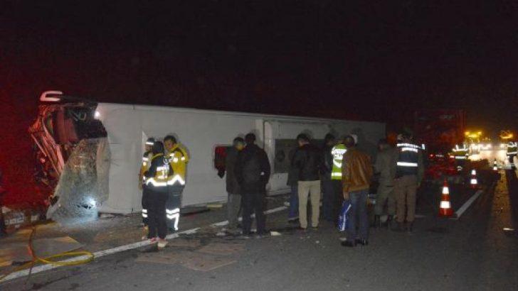 Otobanda Feci Kaza 1 Ölü, 10 Yaralı