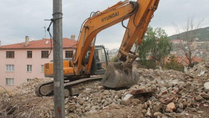 Kale Bölgesi Binaları Yıkılıyor!