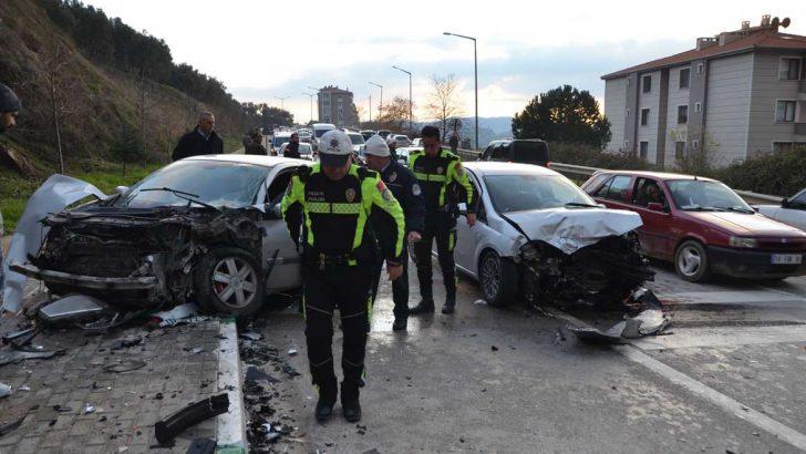 Çevre yolunda feci kaza 5 yaralı