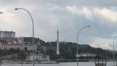Üniversitede Skandal! Türk Bayrağı İndirildi